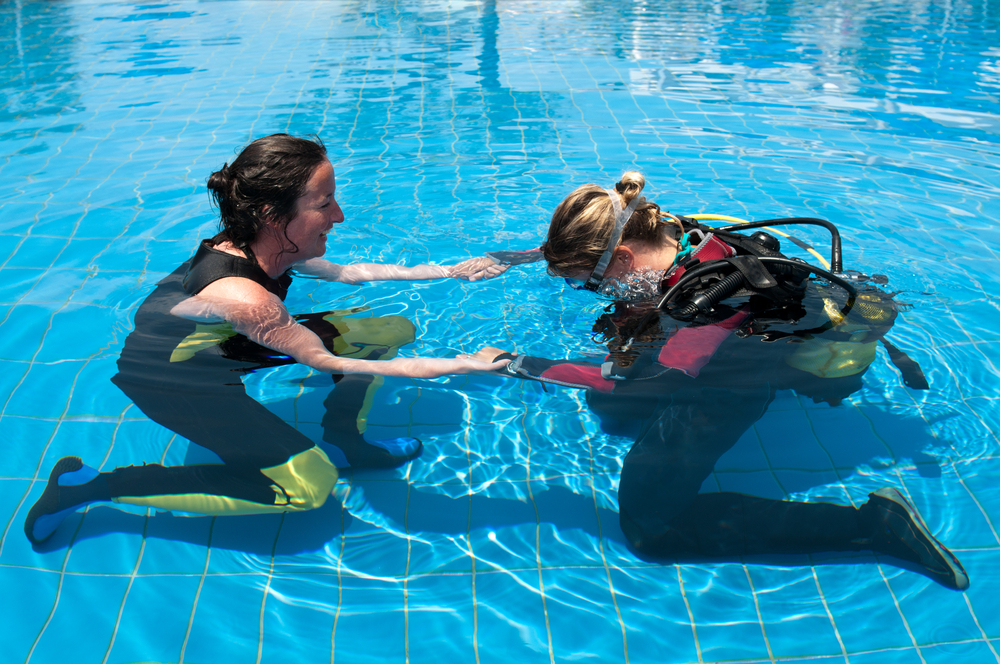 How Scuba Diving Can Help During Recovery From a Spinal Cord Injury